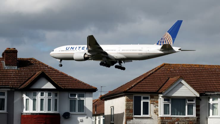 Airline CEOs ramp up pressure on governments to open up U.S., UK travel